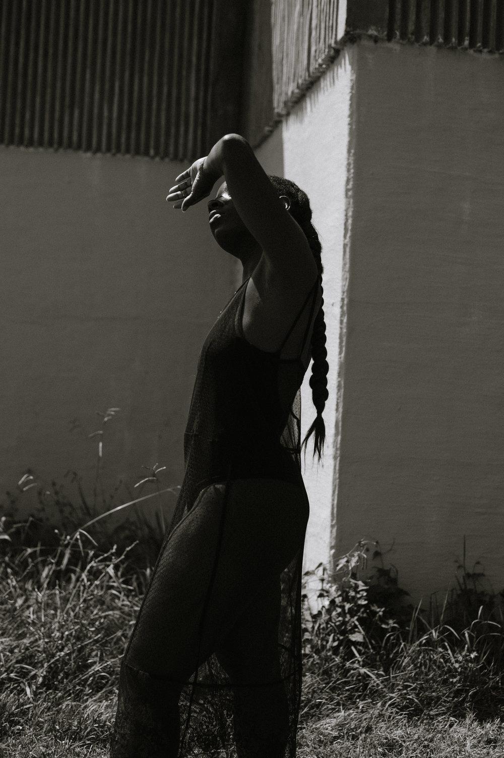 Tasha-James-The-Glossier-Blogger-Fashion-Style-HM-Lace-Dress-Black-50.jpg