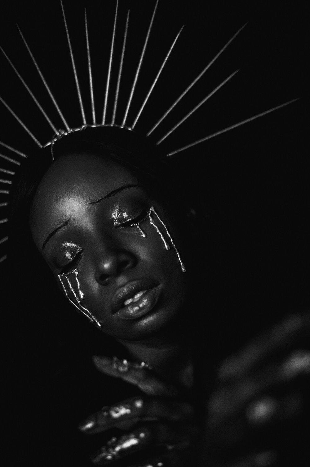TheGlossier-TashaJames-Halloween-2018-Crying-Saint-Gold-Heavenly-Bodies16.JPG