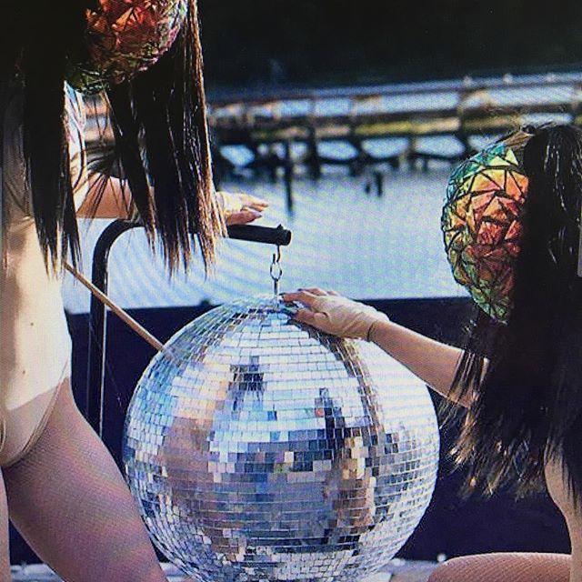 #holographicmasking at #disco lake