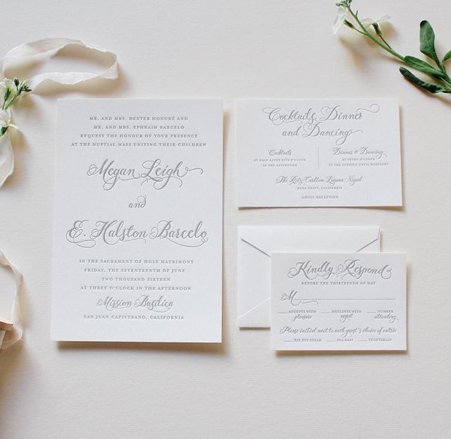 Soft cotton paper and subtle grey ink. A gorgeous combo for a gorgeous bride! #becomingbarcelo