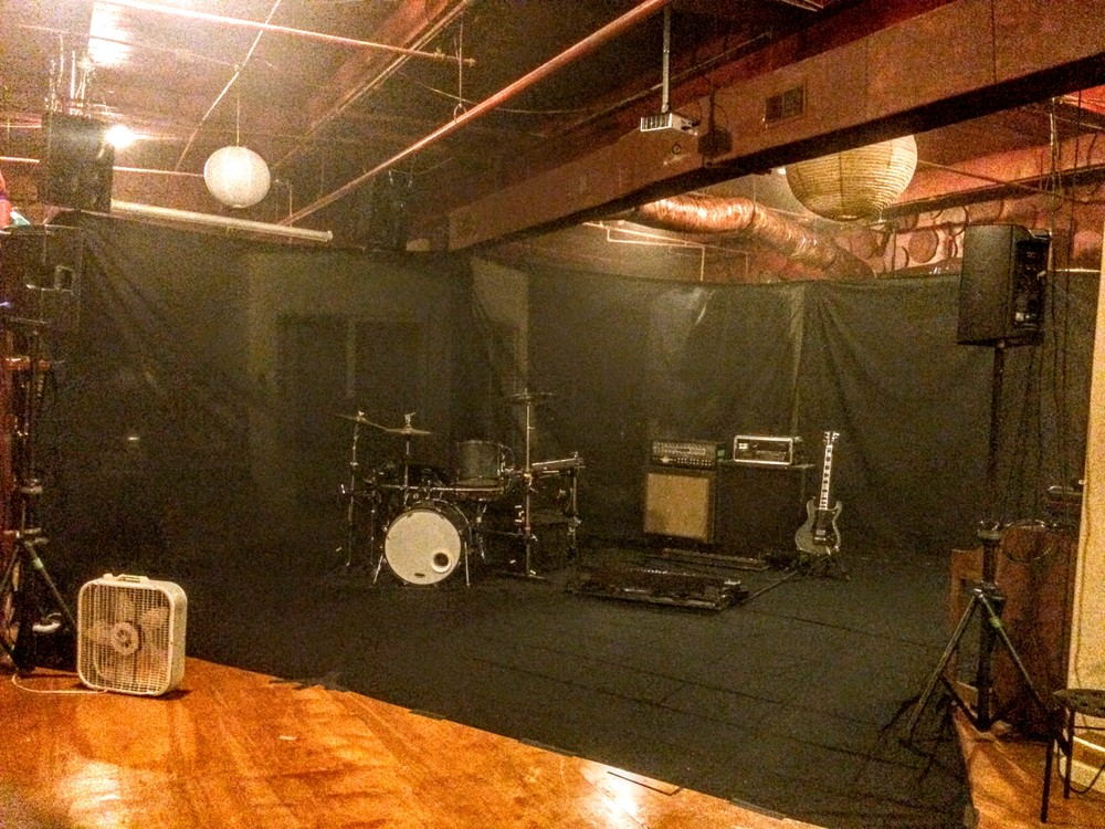LIve Room Black Backdrop.JPG