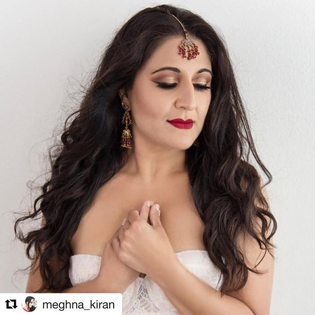 Such a beauty inside and out! It was an absolute privilege for me to photograph this sweet soul for the second time. ☺️ @ccphotomagic with the lovely @Meghna_kiran  #demure #boudoir Hmua: @cynthia_perla_ . . . . . #SCVPhotography  #santaclaritaphotographer #valenciaphotographer #beautyphotographer  #glamourphotography #ExistInPhotos #ReconnectWithYourself #CreateAnHeirloom #PortraitureForWomen #CaptureAMomentInTime #CelebrateAMilestone #celebrateyourlife #beautyateveryage #createalegacy #documentyourlife #letyourlightshine #seeyourselfinanewway #celebrateyou #rediscoveryourself  #embraceyourbeauty #perfectjustthewayyouare #lovetheskinyourein #suebrycestyle #suebryceinspired