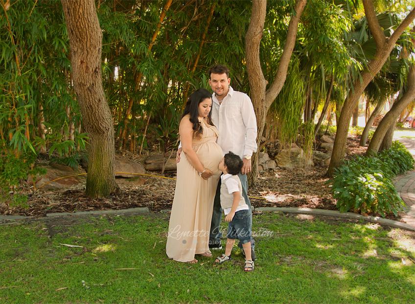 IMG_4501 Amanda Cockroft - Maternity - Lynette Wilkinson Photography.jpg