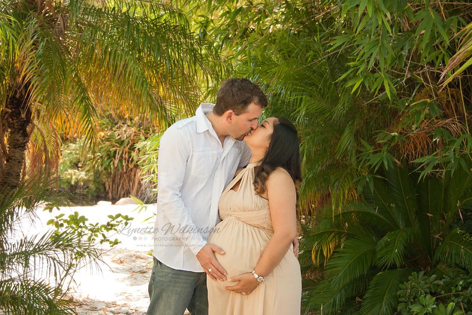 IMG_4557 Amanda Cockroft - Maternity - Lynette Wilkinson Photography.jpg