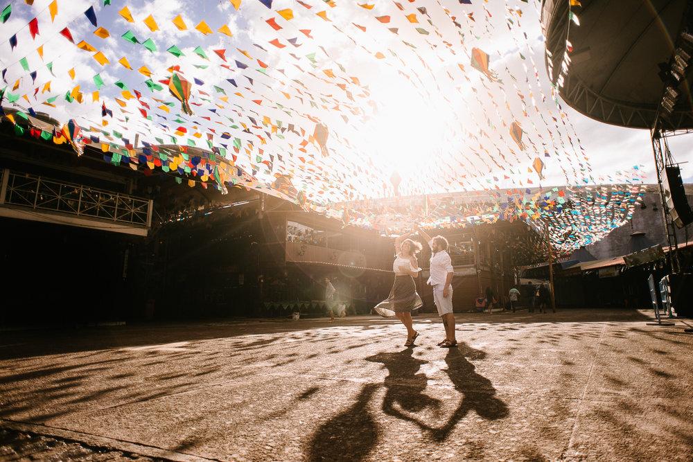 Sessão+De+Fotos+Feira+Dos+Paraíbas+Feira+De+São+Cristovão+Casal+Namorados+cariocas+Rio+De+Janeiro+Capital+RJ+Fotógrafo+Deiwid+Oliveira+Fotografia+De+casamento-11.jpg