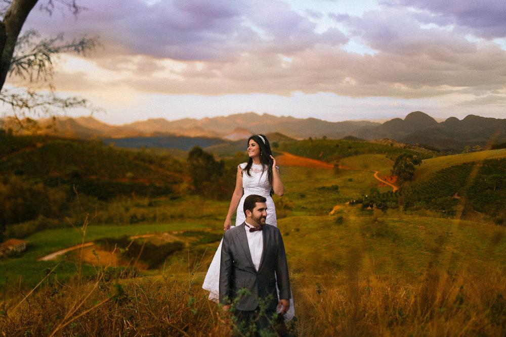Marília+André+Pós+Casamento+Trash+the+Dress+Montanhas+de+Minas+Divino+MG+Deiwid+Oliveira+fotografia+de+Casamento-19.jpg