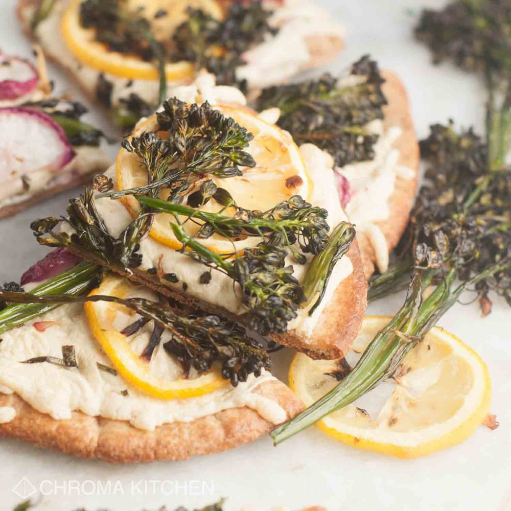 vegan-roasted-lemon-broccolini-pizza