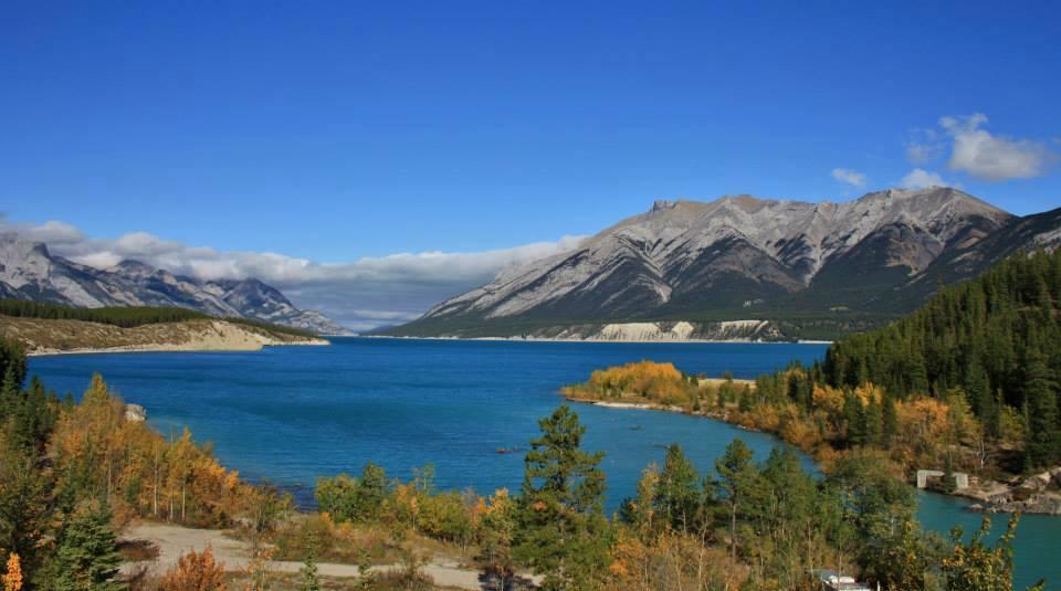 abraham lake alberta solar