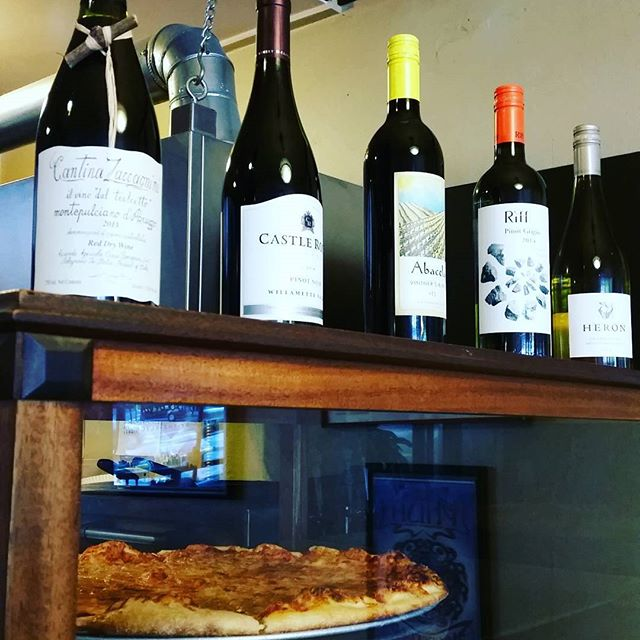 Wine and pizza, what a magnificent combo! #pizza #wine #mondays