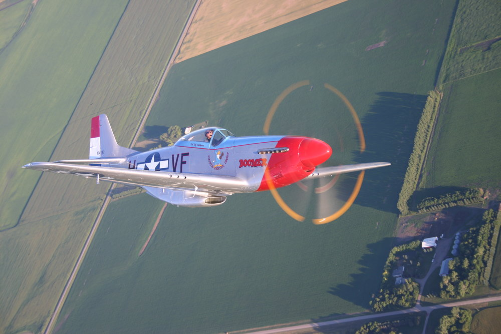P-51 Mustang Boomer in flight.JPG