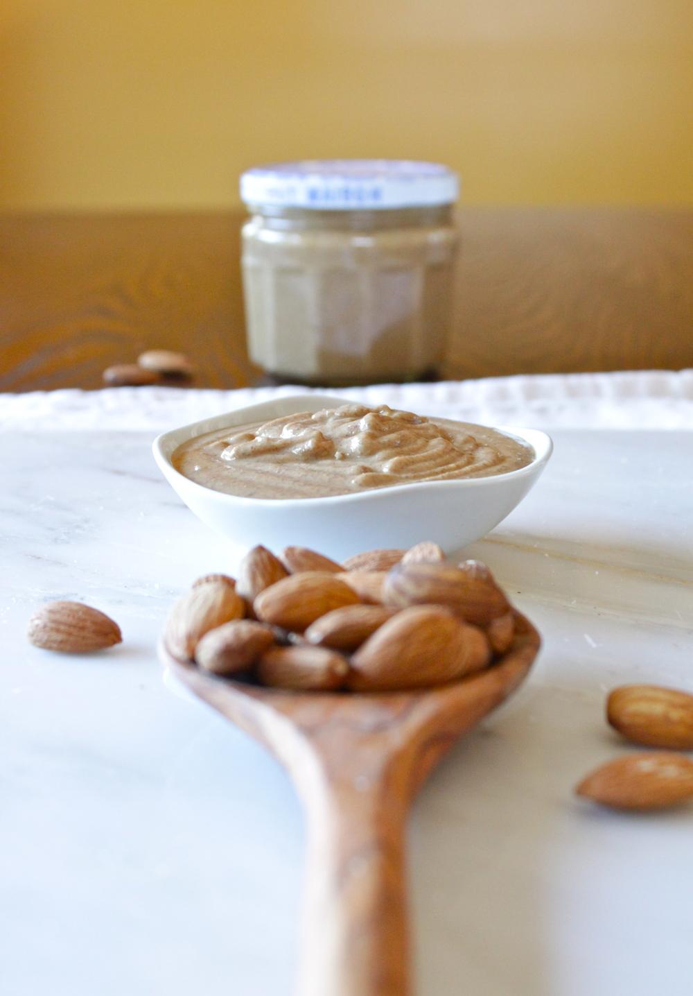 almond butter_18.jpg