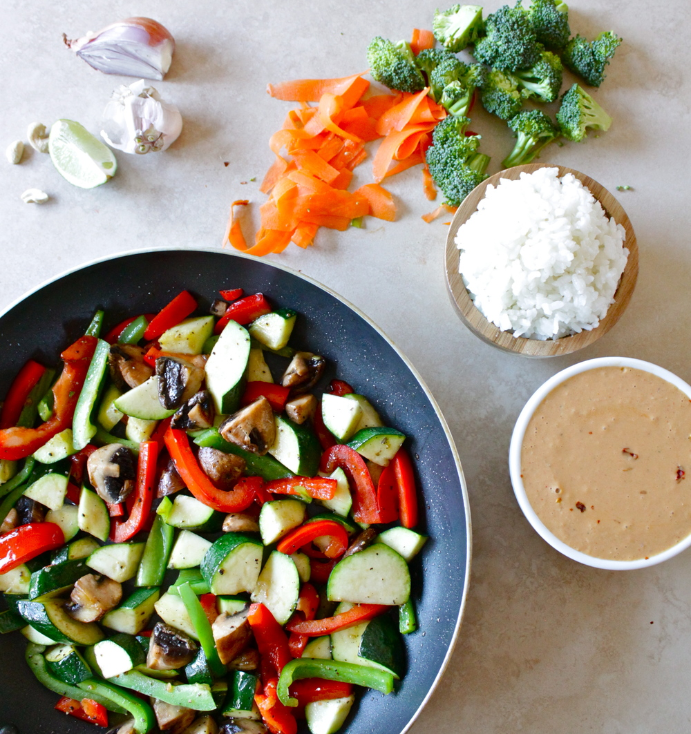 thai veg with spicy peanut sauce_9.JPG