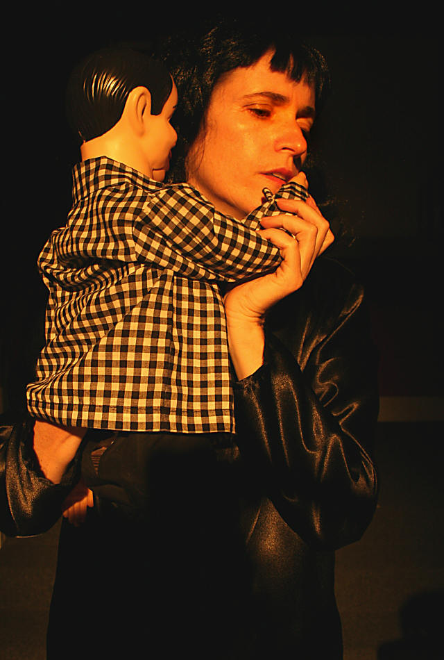 Aimee Greenberg in Dona Sangre
