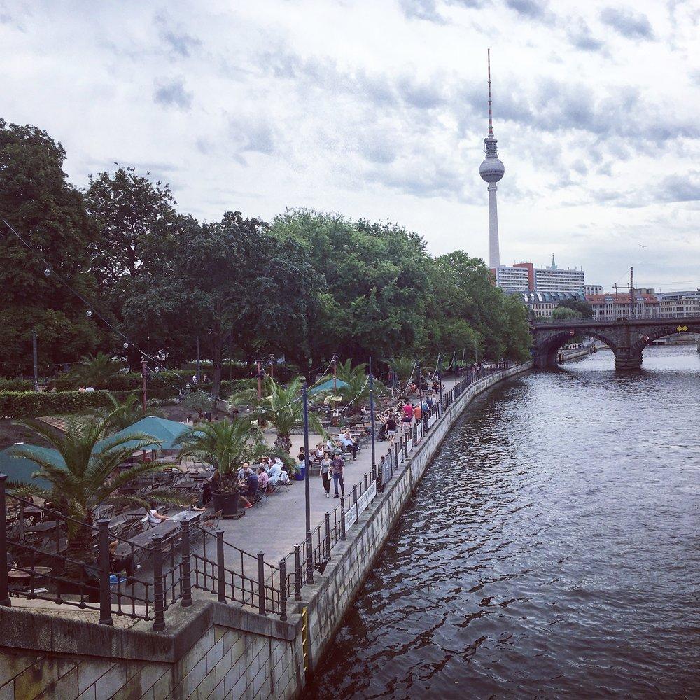 Museum-Island-Monbijou-Park-Berlin