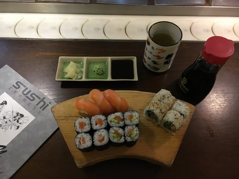 Sushi Express-1.jpeg