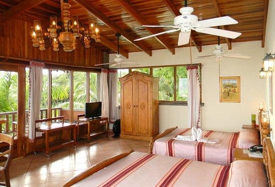 hotel-costa-verde.jpg
