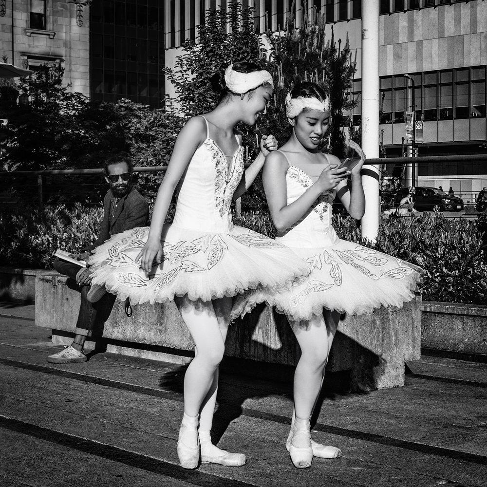 Ballerinas[1].jpg