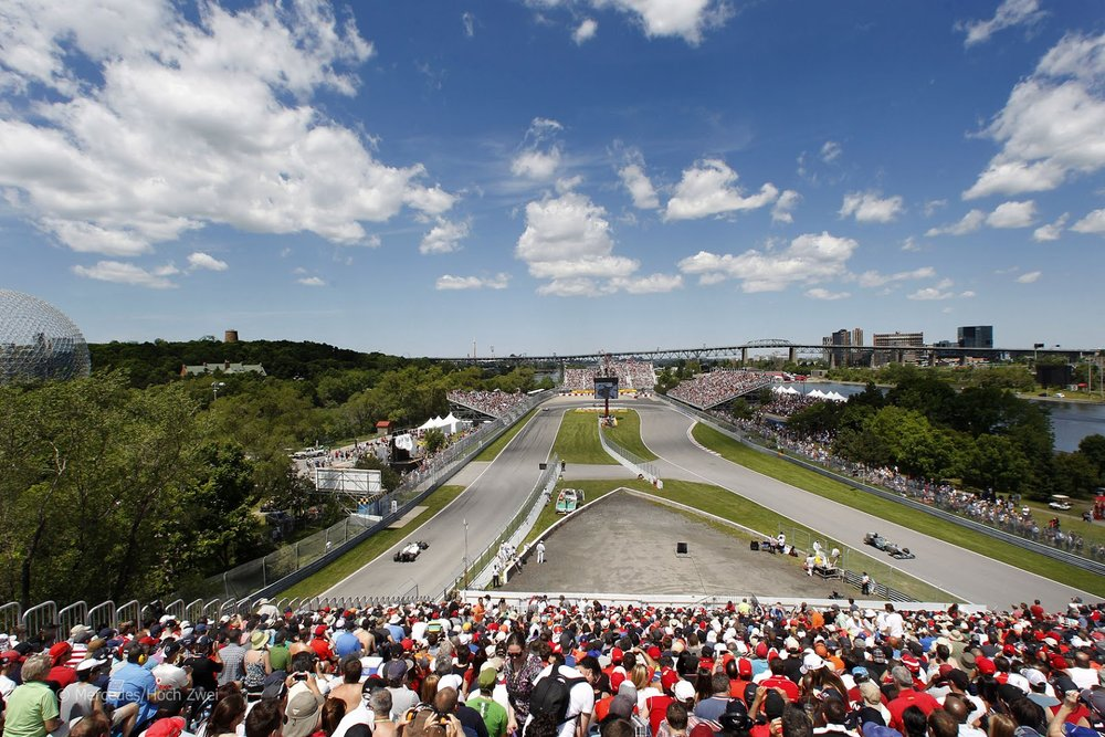 The hairpin corner at Circuit Gilles Villeneuve makes for exciting battles and is a key feature of the track.