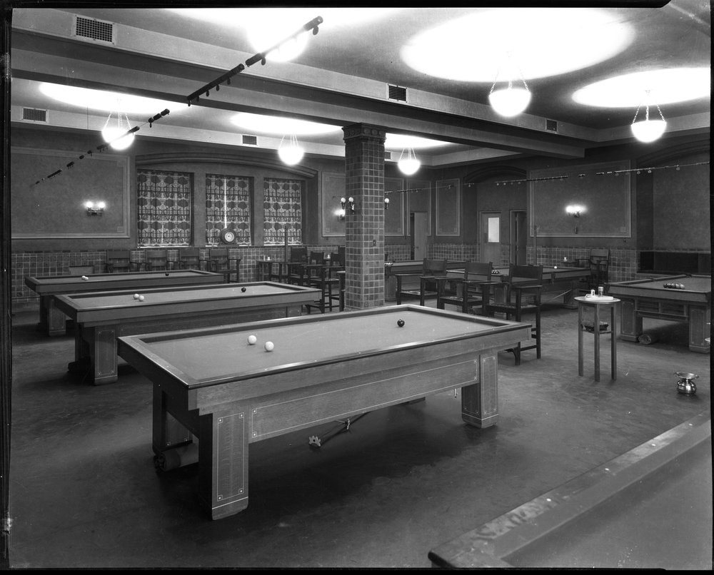 billards room.jpg
