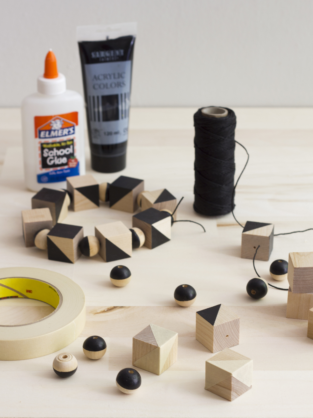 Make this modern and bold wood block trivet! Easily dress up and protect  your table or make one as a gift.