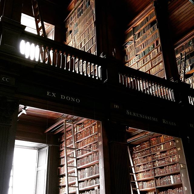 Just a couple books... . . . . . #trinitycollege #longroomlibrary #ancient #architecture #readabook #greatminds #intricate #handcarved #spiralstaircase #marblebust #librarydesign #libraryladder  #Dublin #Ireland #bucketlist #library #libraryladder #meridianabbey #librarylove