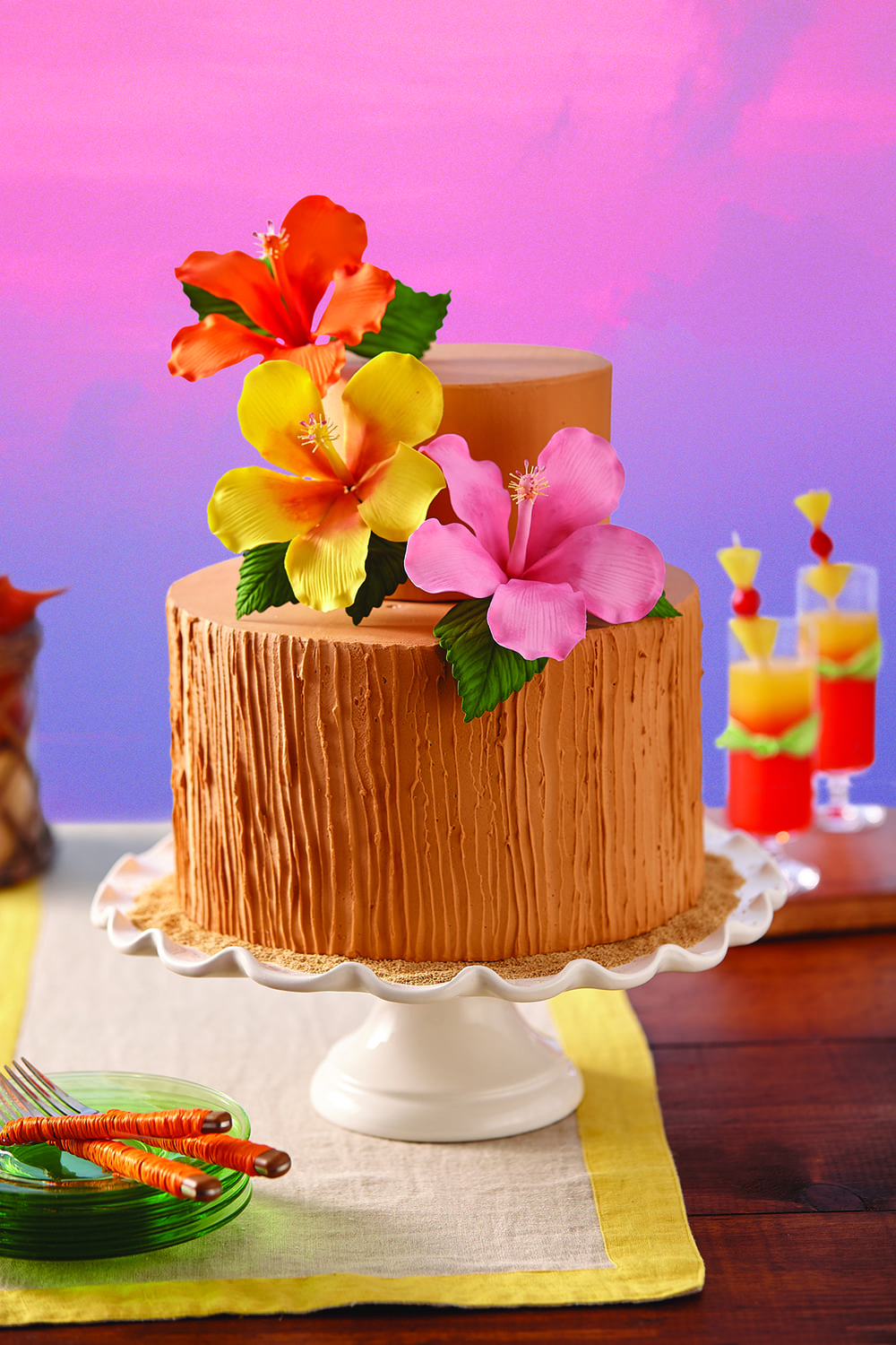 WiredGPFlowersCake_Hibiscusfull.jpg
