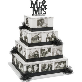 Ask us about a personalized PhotoCake for your special wedding, anniversary or birthday celebration.