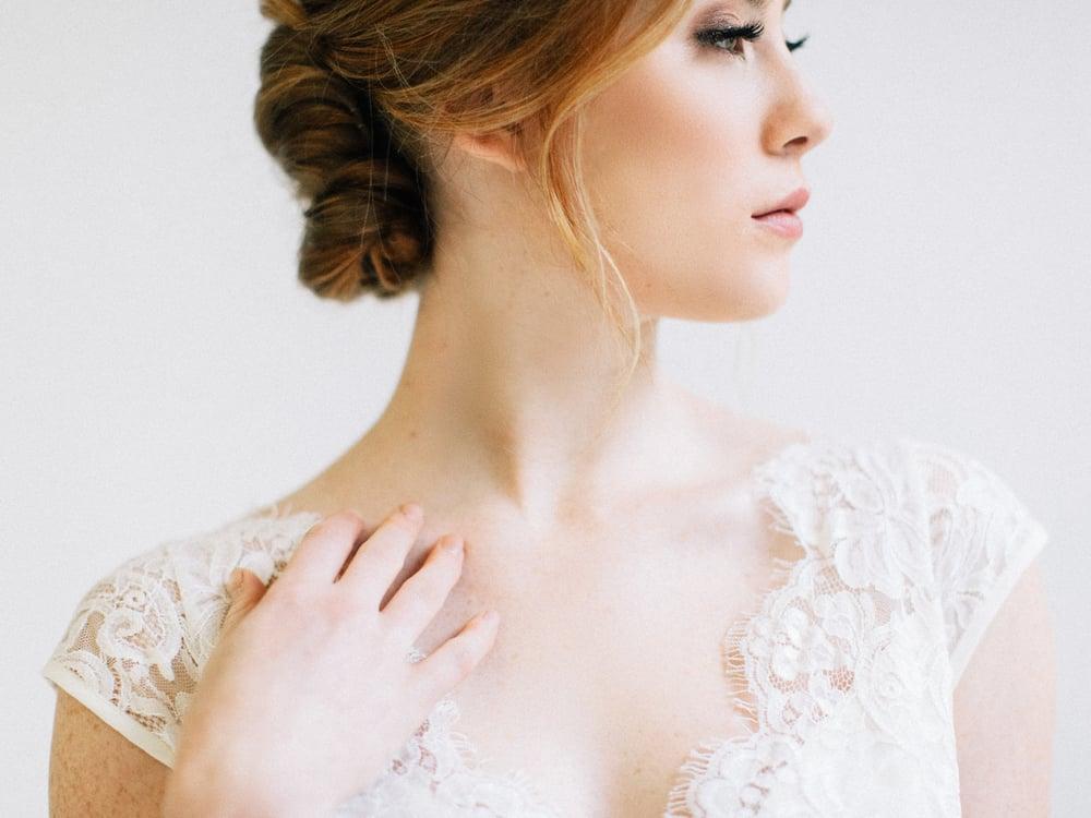 jane-austen-vintage-wedding-inspiration-lace-1.jpg