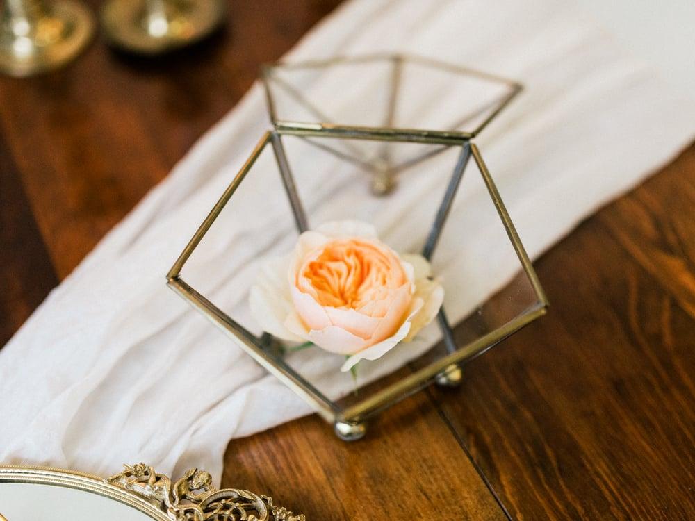 jane-austen-vintage-wedding-inspiration-lace-8.jpg