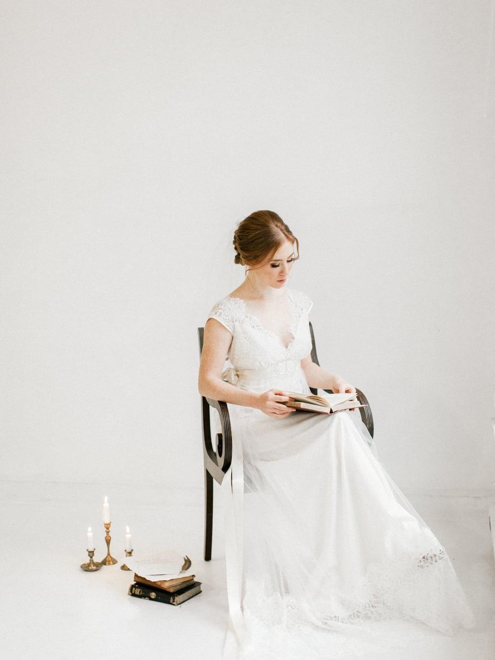 jane-austen-wedding-inspiration-shoot-lace-14.jpg
