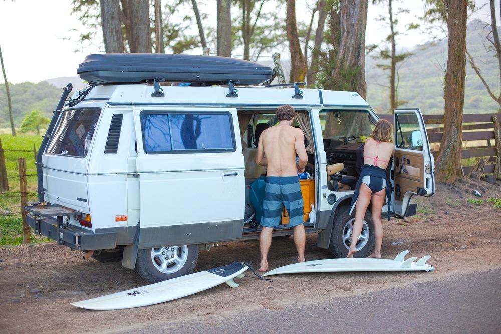 surfing-maui-sunski-roadtrip-film.jpg