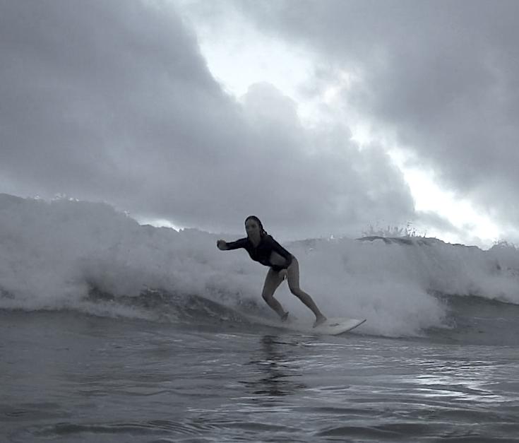 surfing-hana-sunski-hana-roadtrip-film.jpg