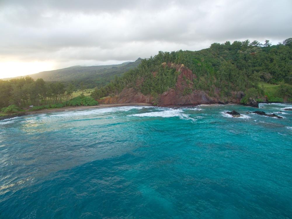 maui-coastline-sunski-hana-roadtrip-film.jpg