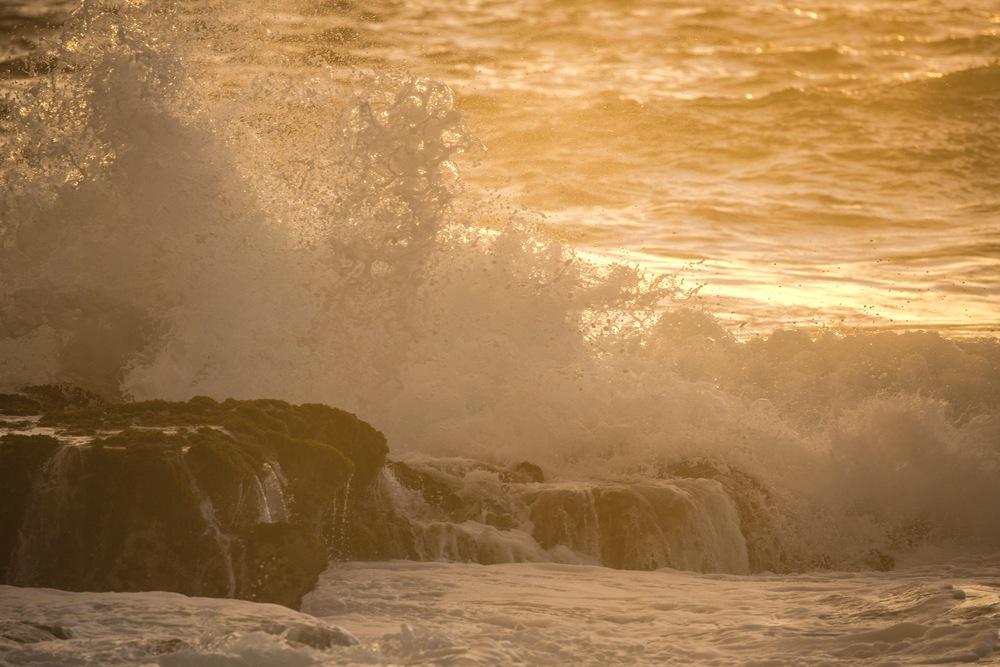 ocean-sunset-sunski-hana-roadtrip-film.jpg