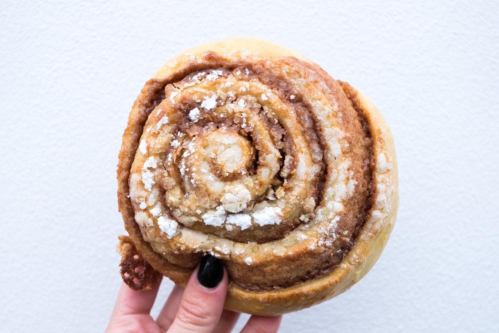 Brauð & Co. cinnamon roll