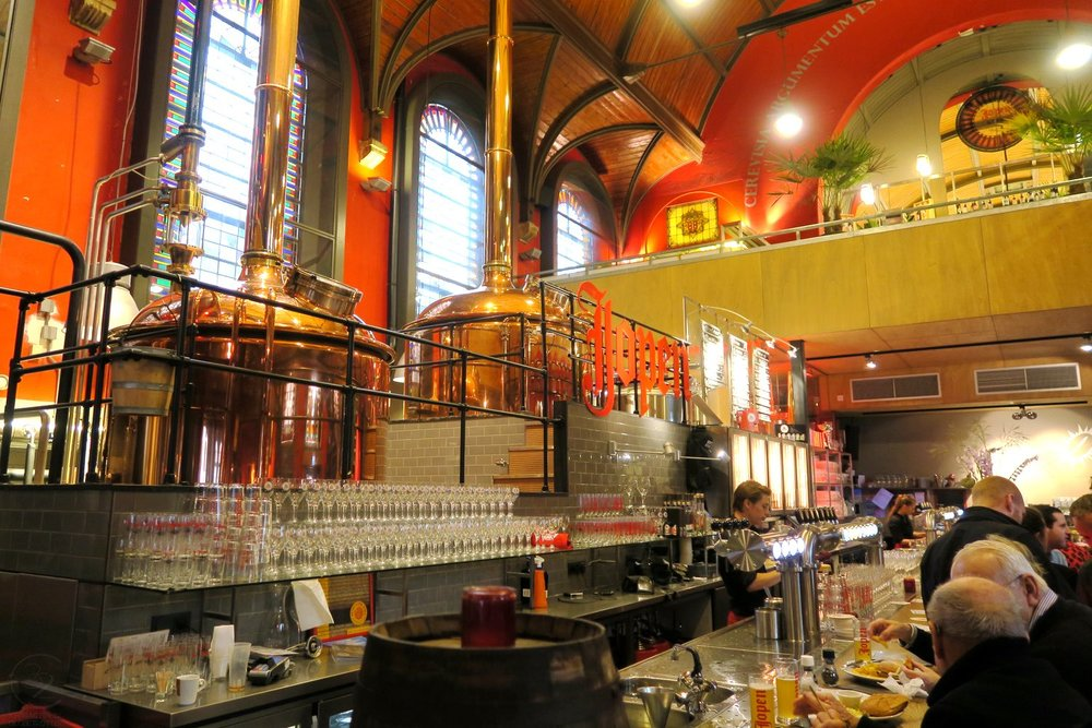 haarlem-netherlands-travel-globetrotter-character-32-c32-jopenkerk-brewery