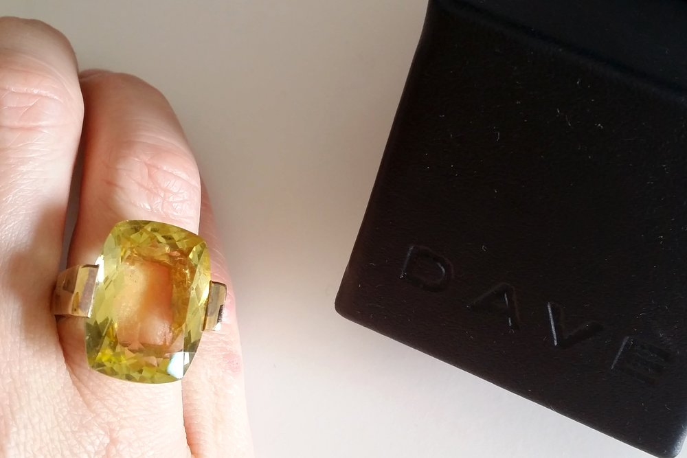 semi-precious-stone-large-lemon-quartz-dave-ring-with-box-character-32-c32