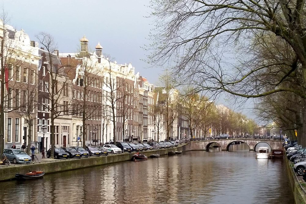 amsterdam-c32-character-32-canals-globetrotter