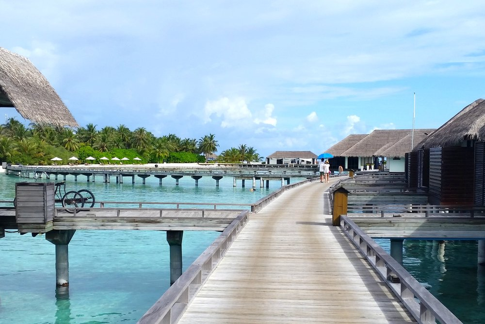 maldives-velassaru-water-villa-walkway-c32-character-32-globetrotter-travel