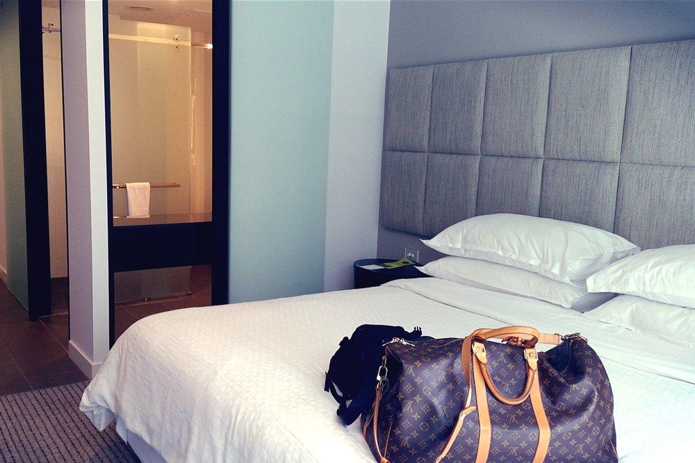 character-32-globetrotter-traveler-jetsetter-brisbane-sheraton-hotel-spg-hotel