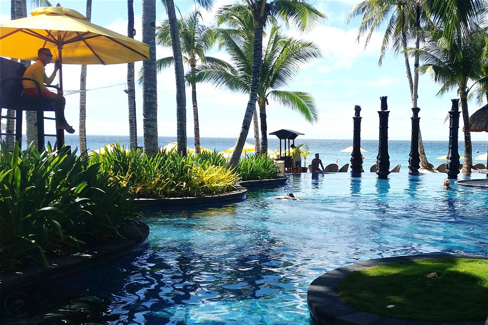 shangri-la-boracay-around-the-resort-view-of-pool-c32-character-32-globetrotter-travel-jetsetter
