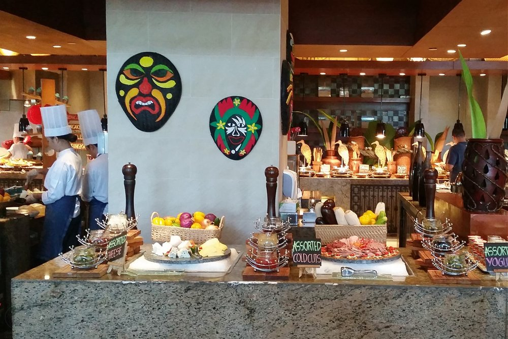 shangri-la-boracay-food-and-breakfast-c32-character-32-globetrotter-travel-jetsetter