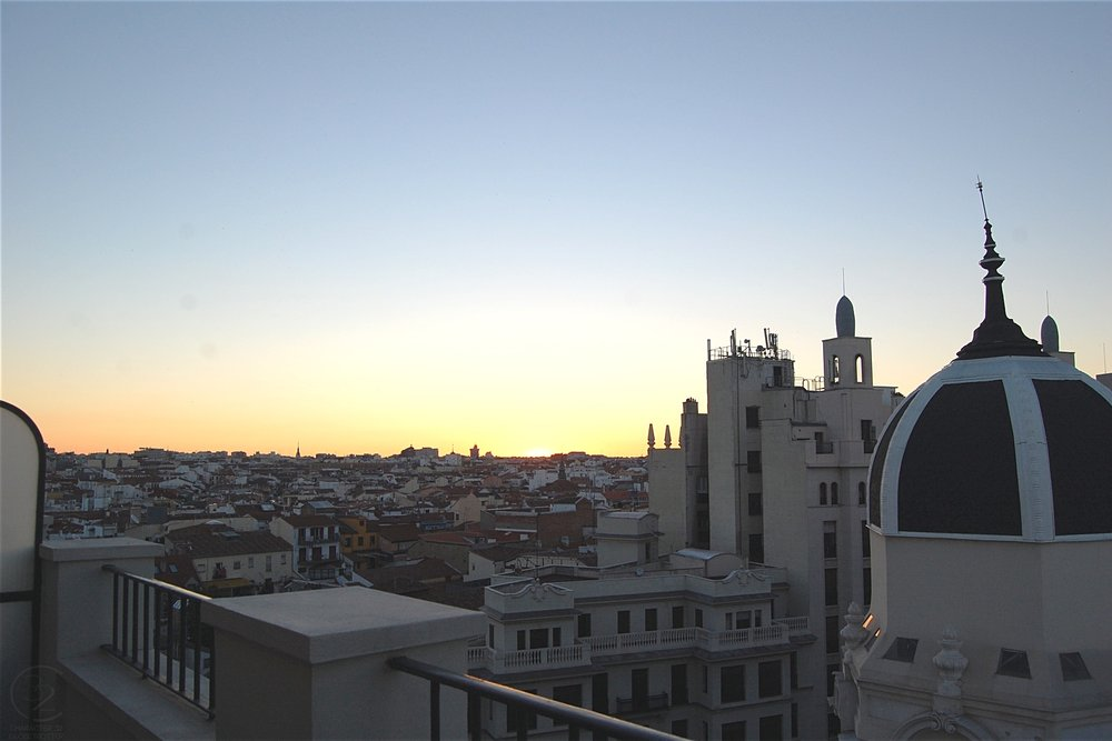 madrid-emperador-hotel-view-from-balcony-sunset-character-32-globetrotter-in-spain