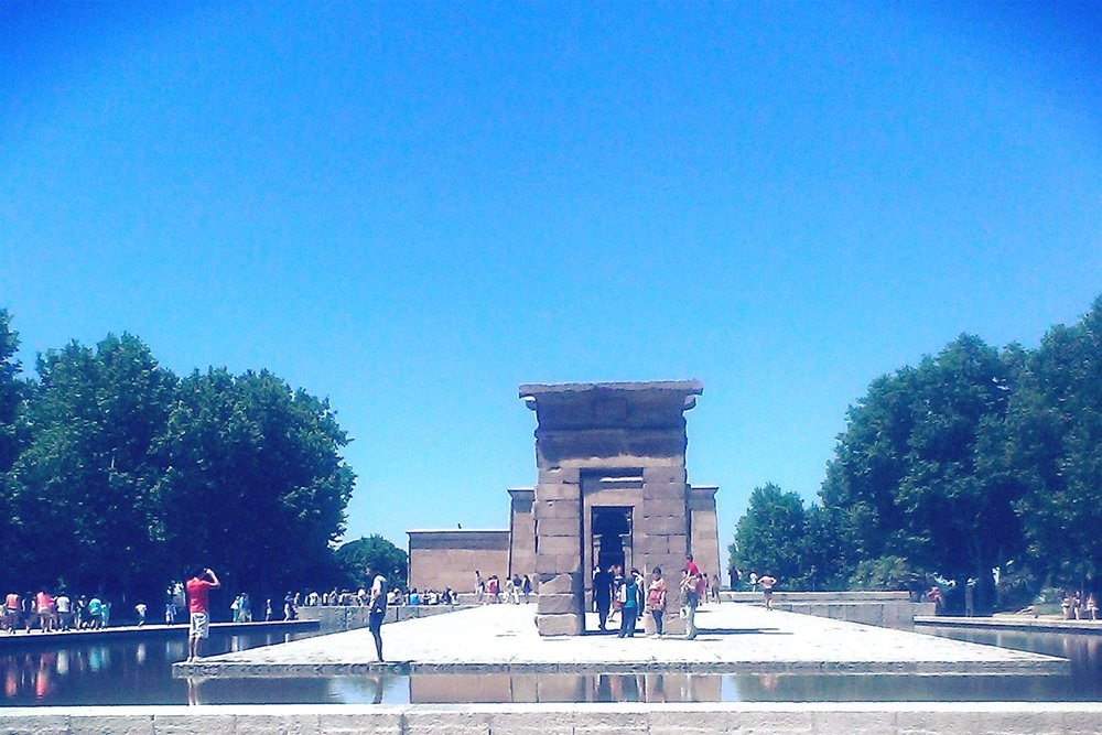 madrid-temple-of-debod-character-32-globetrotter-in-spain