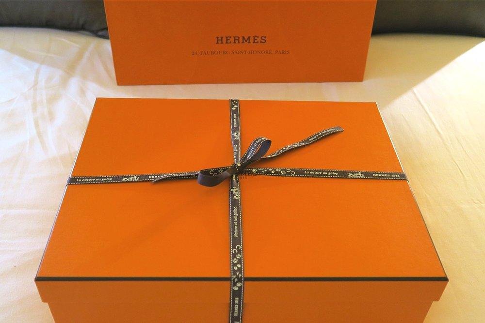 hermes-paris-2016-cashmere-scarf-box-character-32-loving-that-whats-next-fashion-lifestyle-c32