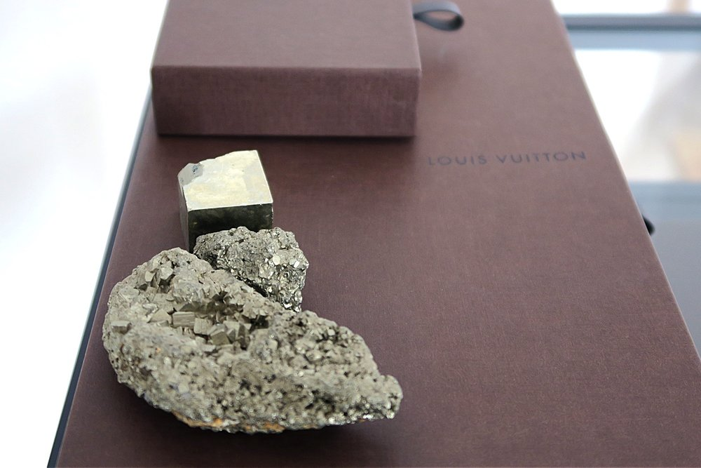 crystal-pyrite-healing-nature-character-32-c32-louis-vuitton