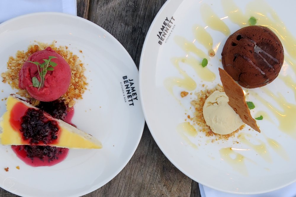 eating-den-haag-jamey-bennett-dessert-character-32-globetrotter