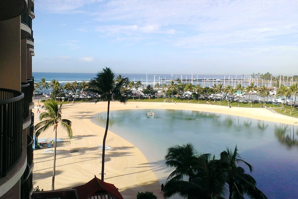 hawaii-waikiki-character-32-c32-travel-view-of-lagoon