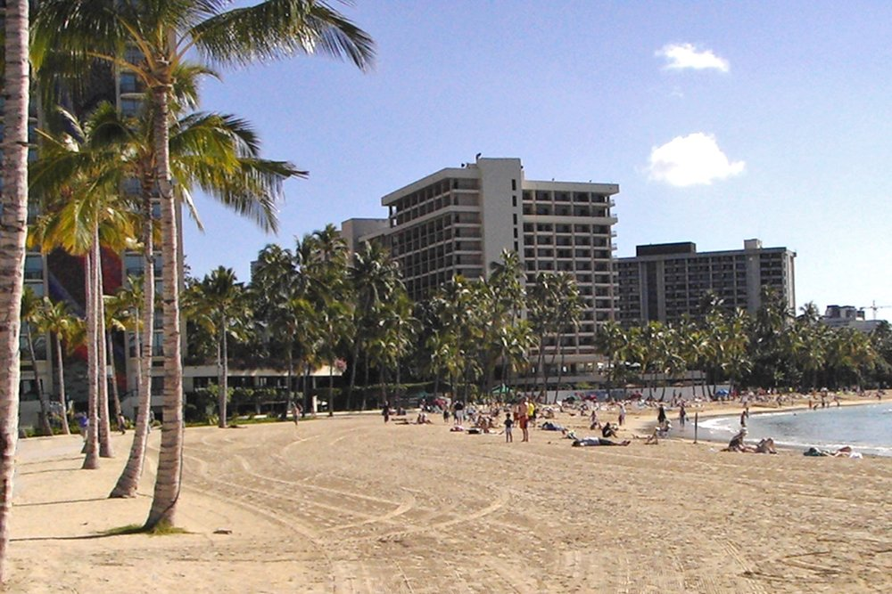 hawaii-waikiki-character-32-c32-travel-beach-view