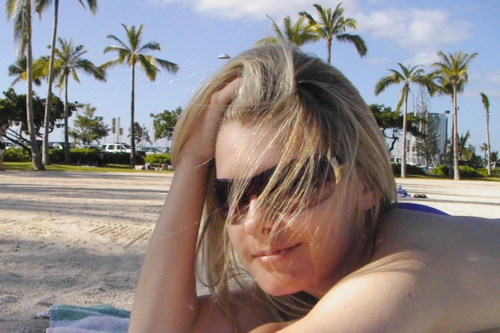 hawaii-waikiki-character-32-c32-travel-relaxing